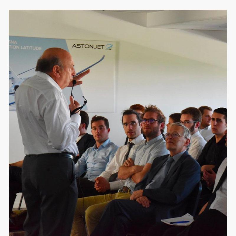 Claude Lelaie en conférence chez Astonfly