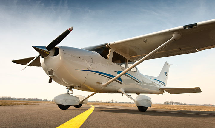 Avion Cessna 172S
